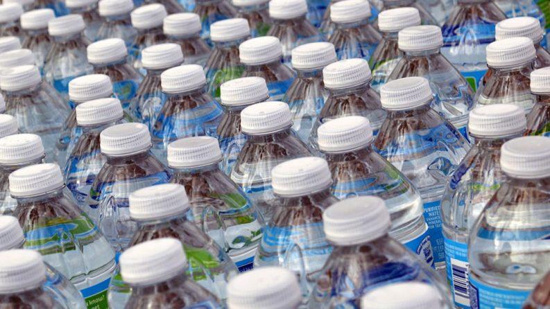 Plastic Bottles Photo: Daniel Orth