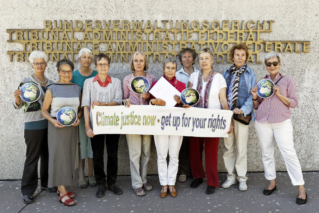 The group outside of the Federal Administrative Court of Switzerland Photo: KlimaSeniorinnen