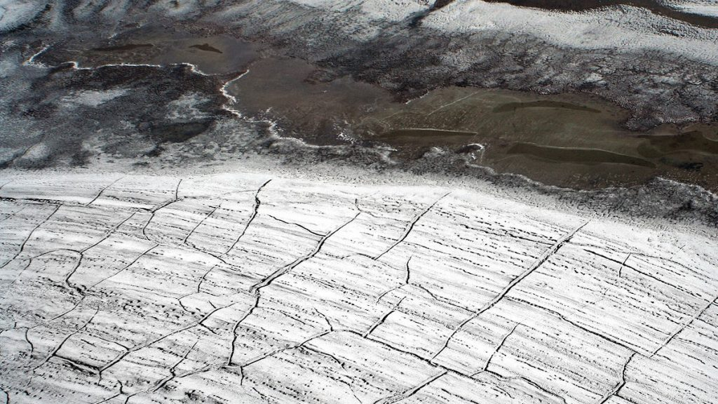 image was taken in High Arctic from a helicopter. It shows the crack pattern in permafrost Photo: Brocken Inaglory