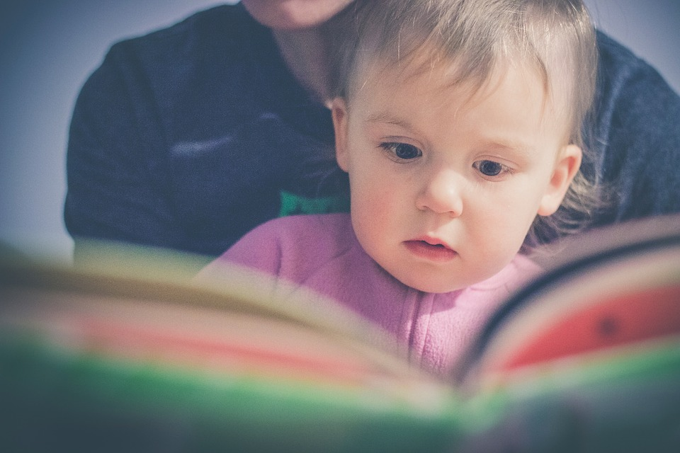 Children's Books Photo StockSnap / Pixabay
