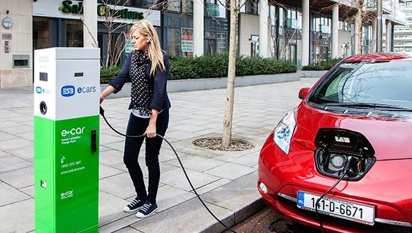 Electric car charging at ESB charger Photo: ESB