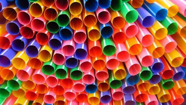Plastic Straws Photo: Max Pixel