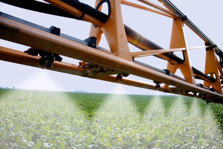 Spraying a Soybean Field Photo: United Soybean Board